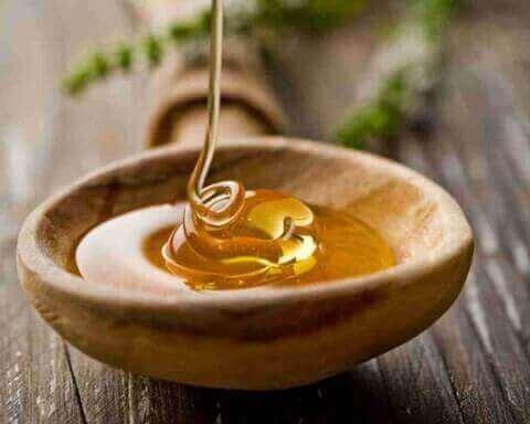 Mézes masszázs - Csokoládé és mézes masszázs tanfolyam 3in1 - Masszázskurzus.hu